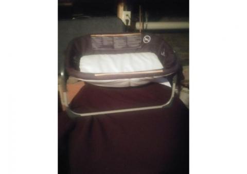 Electric bassinette
