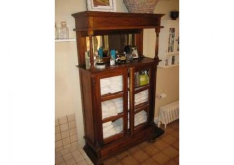 Mahogany Reproduction Hutch Piece